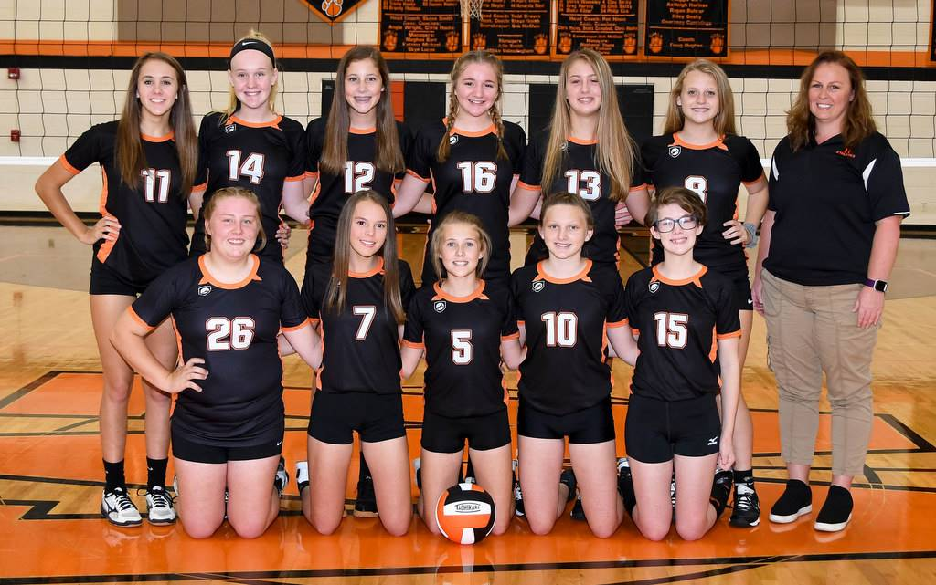 Whiteoak 8th Grade Volleyball 2019-2020