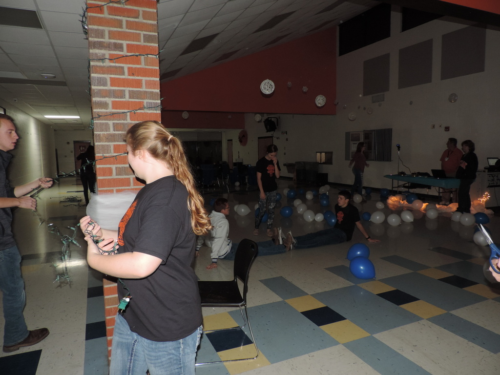 National Honor Society members setting up for the Junior High Morp