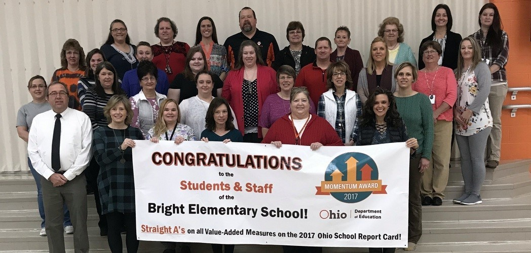 Bright Elementary receives Momentum Award 2017