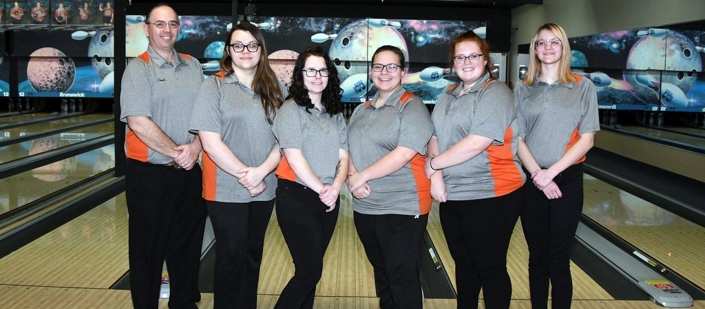 WHITEOAK VARSITY GIRLS BOWLING 2019-2020